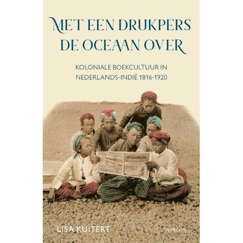 Met een drukpers de oceaan over - Lisa Kuitert (ISBN: 9789044645101)