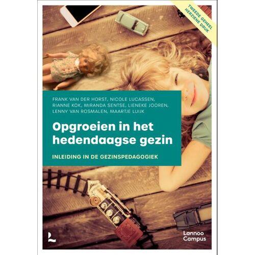 Opgroeien in het hedendaagse gezin - Frank van der Horst (ISBN: 9789401469548)