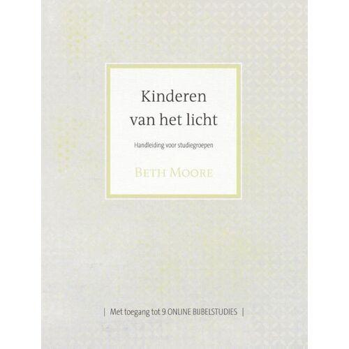 Kinderen van het licht - Beth Moore (ISBN: 9789491844805)