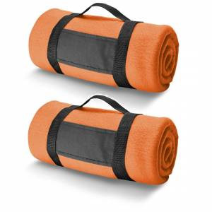 Bellatio Design 2x Fleece dekens/plaids oranje met afneembaar handvat 150 x 120 cm -
