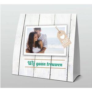 Tentkaart Huwelijk met fotokader op hout met label