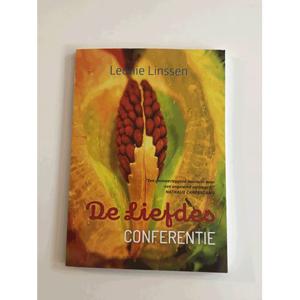 Boeken Leonie Linssen - De liefdesconferentie