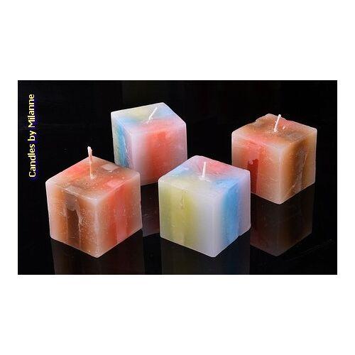Designkaarsen com Set van 4 MEGA KUBUS kaarsen 7x7x7 cm - kaarsen