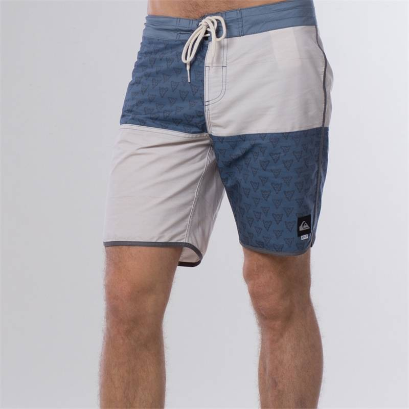 "QUIKSILVER REYNOLDS 18"" BOARDSHORTS Washed Navy - 36"