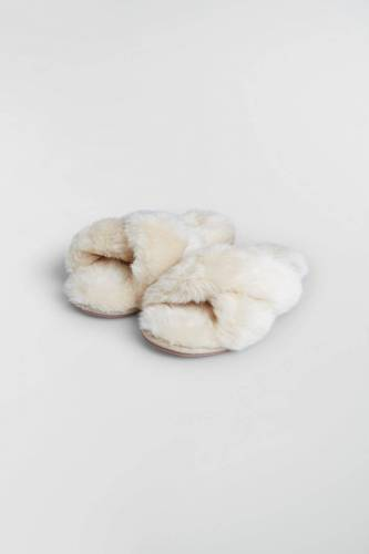 Gina Tricot Faux fur slippers 38...