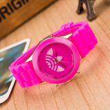 2019 Hot New Classic fashion Famous Luxury silicone wristwatches 7 colors Analog Quartz Watch Women Bracelet Watch Reloj Mujer