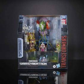 Transformers Toys Generations War for Cybertron: Earthrise SDCC Limited Quintesson Pit of Judgement Set Action Figure Model Toy