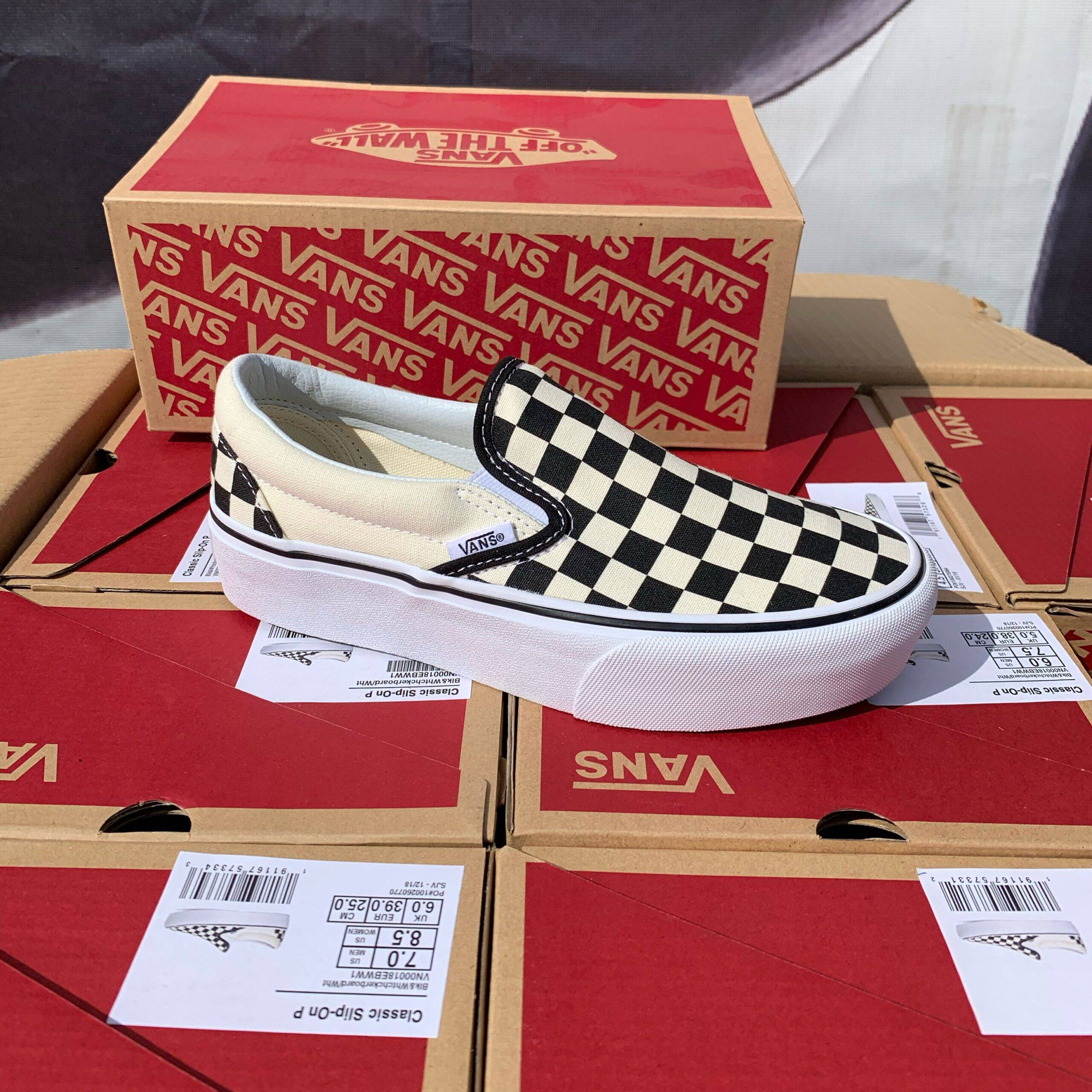 Merker VANS Vans - Classic Slip-On P Black/White/Checkerboard 36