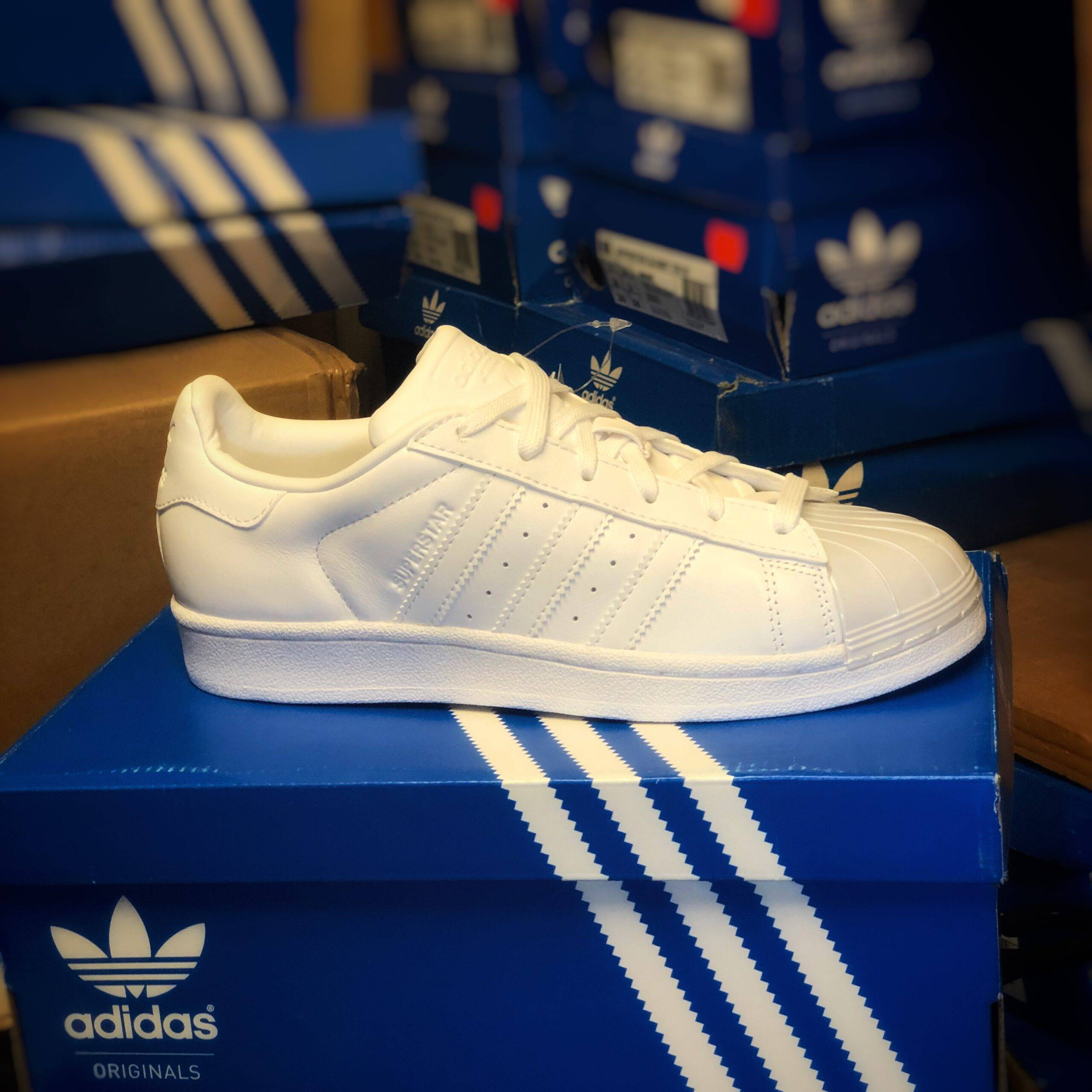 ADIDAS Merker Adidas - Superstar Glossy Toe 42 2/3