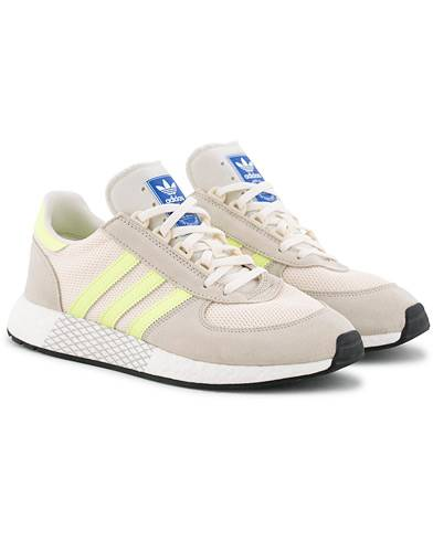 adidas Originals Marathon Tech Sneaker Clear Brown/Yellow