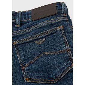 Giorgio Armani OFFICIAL STORE J06 jeans in medium-wash comfort denim  10,6,8
