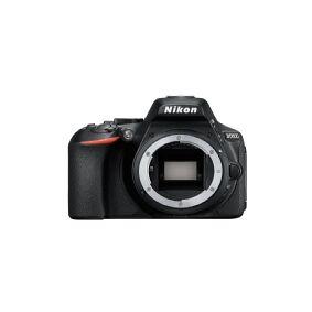 Nikon D5600 + AF-P DX 18-55mm G VR, 24,2 MP, 6000 x 4000 piksler, CMOS, Full HD, Pekeskjerm, Svart
