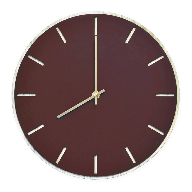 Tidsløs Burgundy Oak Wall Clock - 28 Cm - Kvarts Urverk -