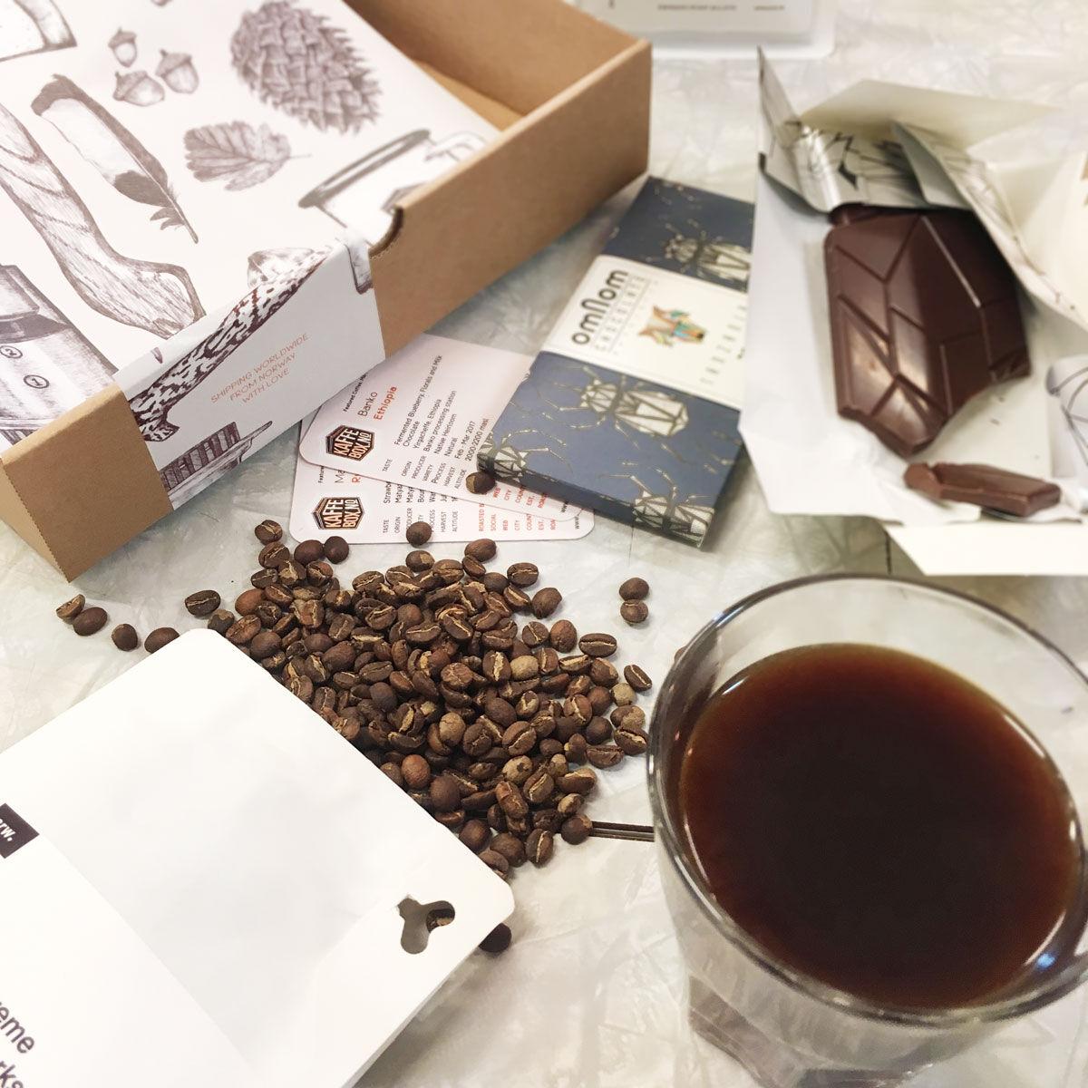 KaffeBox Chocolate Pairing Subscription - 500g, 4 bars