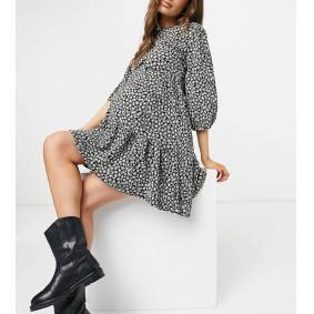 New Look Maternity 3/4 sleeve tiered dress in black pattern  Black