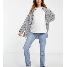 New Look Maternity mom jean in mid blue  Blue
