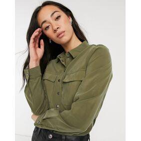 Vila shirt body in green  Green