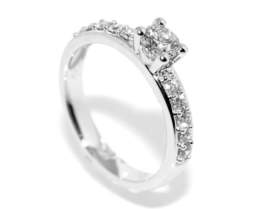 Frierring i hvitt gull m/ diamanter 0.47ct GIA