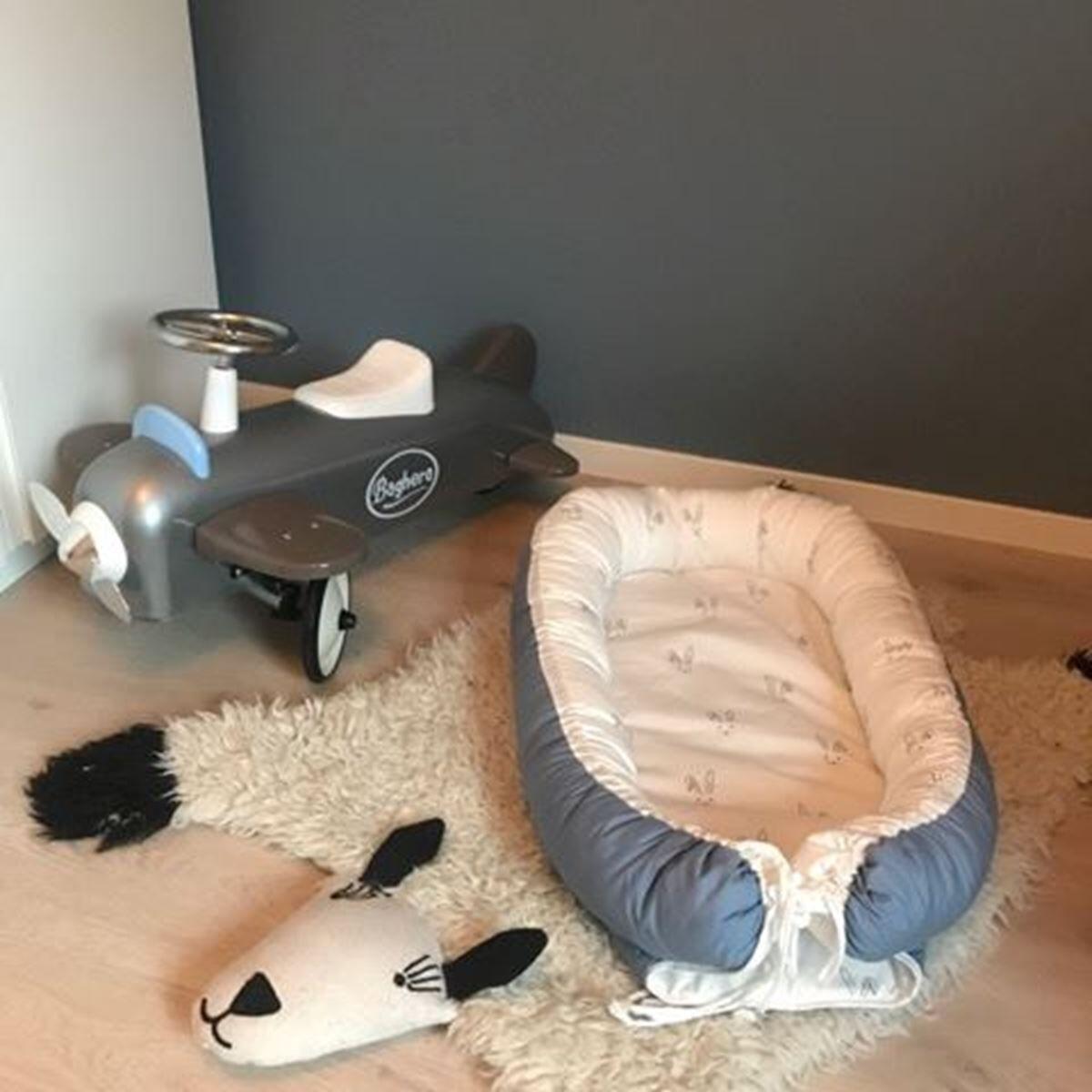 Napnest Babynest, Bl med kaniner