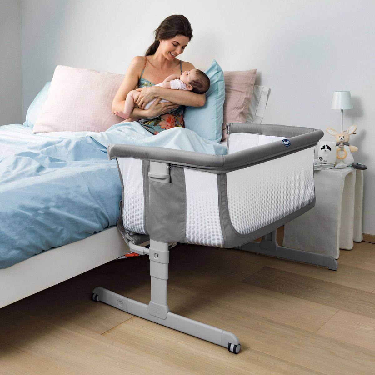 Chicco Next2Me Air, Bedside Crib, Stone