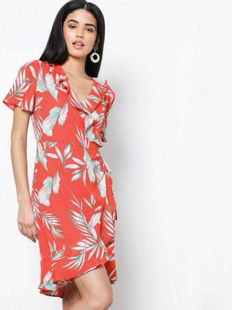 b412872a Finn tilbud på vero-moda-rod-vero-moda-vmmolly-ss-wrap-kjole hos ...