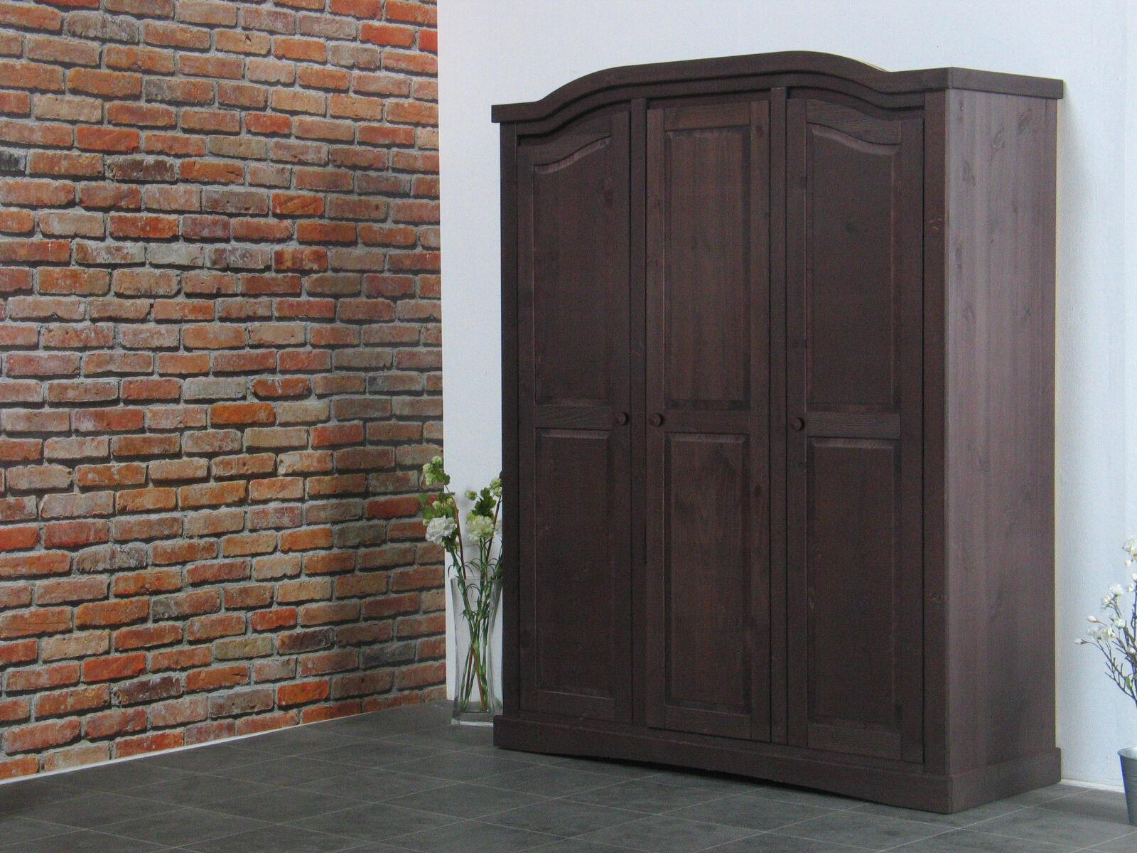 Rico garderobeskap 3-dørs bredde 152 cm, høyde 193 cm kolonial beis/voks.
