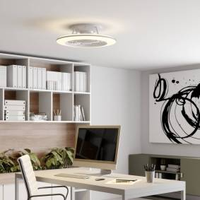 Arcchio Fenio LED-takvifte med lys, hvit
