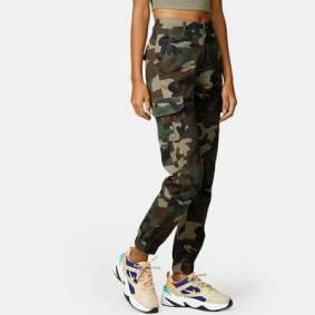 Urban Classics Cargo - High Waist Camo Rød Male US 10.5