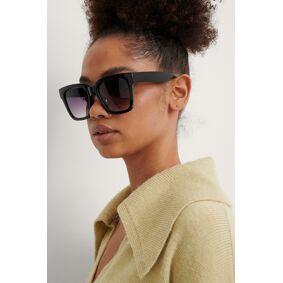 NA-KD Accessories Big Rounded Edge Sunglasses - Black