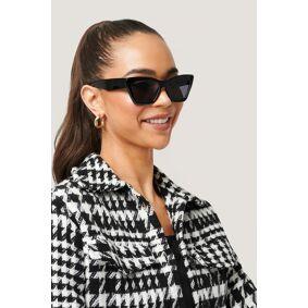 NA-KD Accessories Firkantet Cateye-solbriller - Black
