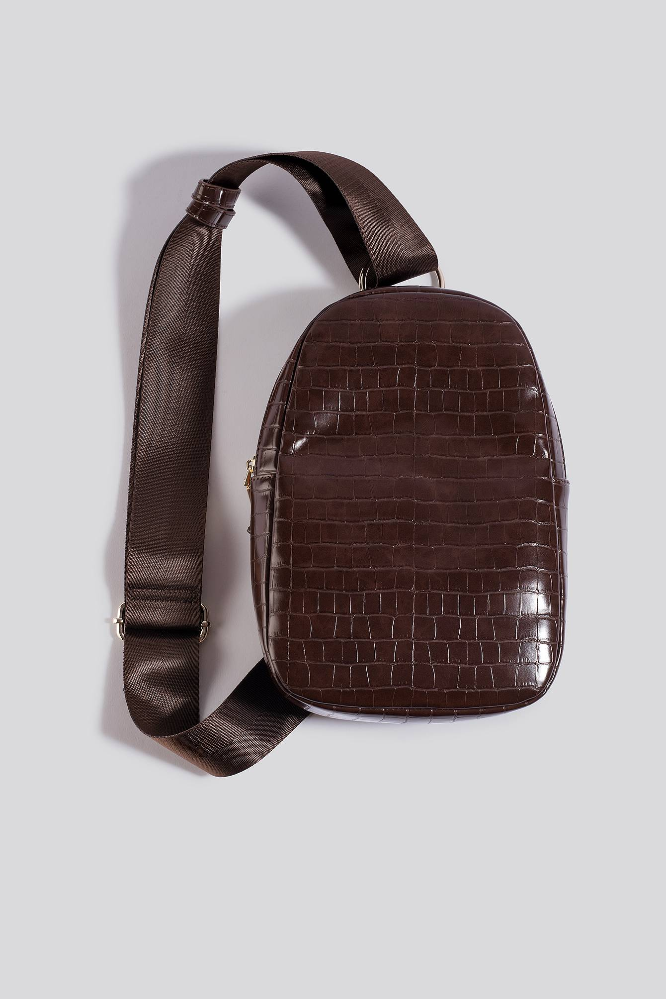NA-KD Accessories One Strap Sling Bag - Brown