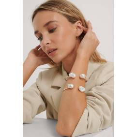 NA-KD Accessories Armbånd Med Stor Perle - Gold