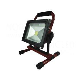 Nordic Products Oppladbar Led Arbeidslampe 10w 3000k Ip65
