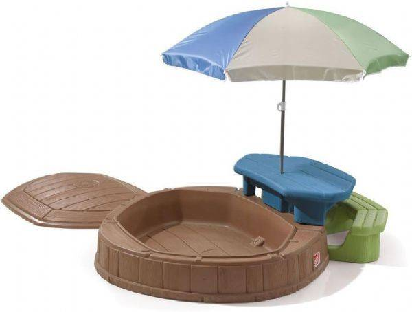 Sandkasse med bord og køye - Step2 Haveset 843700