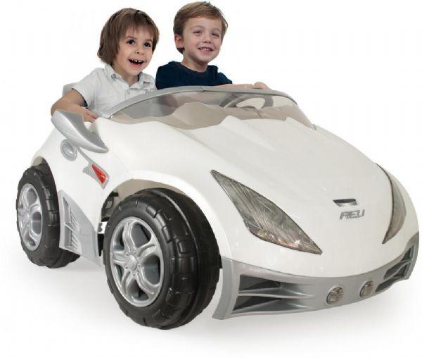 Injusa Hvit racer elektrisk bil for b - Injusa Elektrisk bil for barn