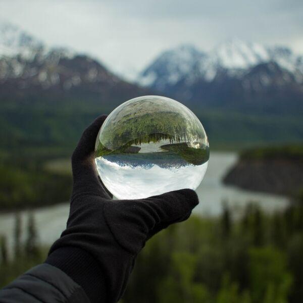 K9 Clear Crystal Lens Ball 80 mm m/base Maison&White Kommer i eksklusiv gaveeske