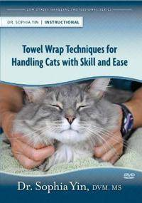 Yin, Sophia Towel Wrap Techniques for Handling Cats with Skill and Ease (0983789266)