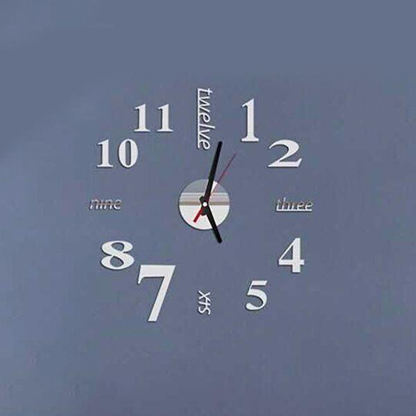 24hshop Veggklokke med sølvfargede tall