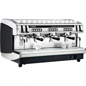 FAEMA Ekspres do kawy Faema Enova A automatyczny 3-grupowy
