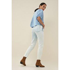 Mom jeans capri ice bleach