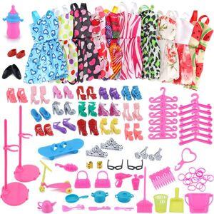 83 PC / 1 Conjunto Barbie Dress Up Roupas Lot Roupas Baratas Sapatos Móveis Para Acessórios Da Boneca Barbie Artesanal Roupas # Z1