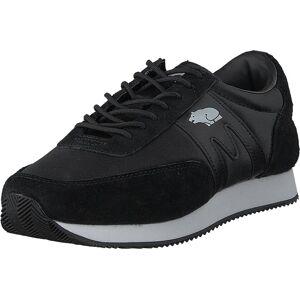 Karhu Albatross Black - Black, Skor, Sneakers och Träningsskor, Låga sneakers, Svart, Unisex, 42