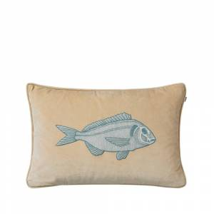 Chhatwal & Jonsson Embroidered Carp kudde, 40x60 - beige/heaven blue