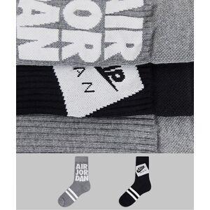 Jordan Nike – Jordan Jumpman Legacy – Grå och vita strumpor, 2-pack M