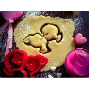 """MakeIT Girl&Boy kissing"""" Cookie Cutter (Valentine's Day Collection)"""