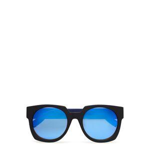 McQ Eyewear Mq0034s Wayfarer Solglasögon Blå McQ Eyewear