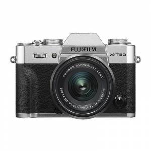 Fujifilm X-T30 + 15-45/3,5-5,6 OIS PZ Silver