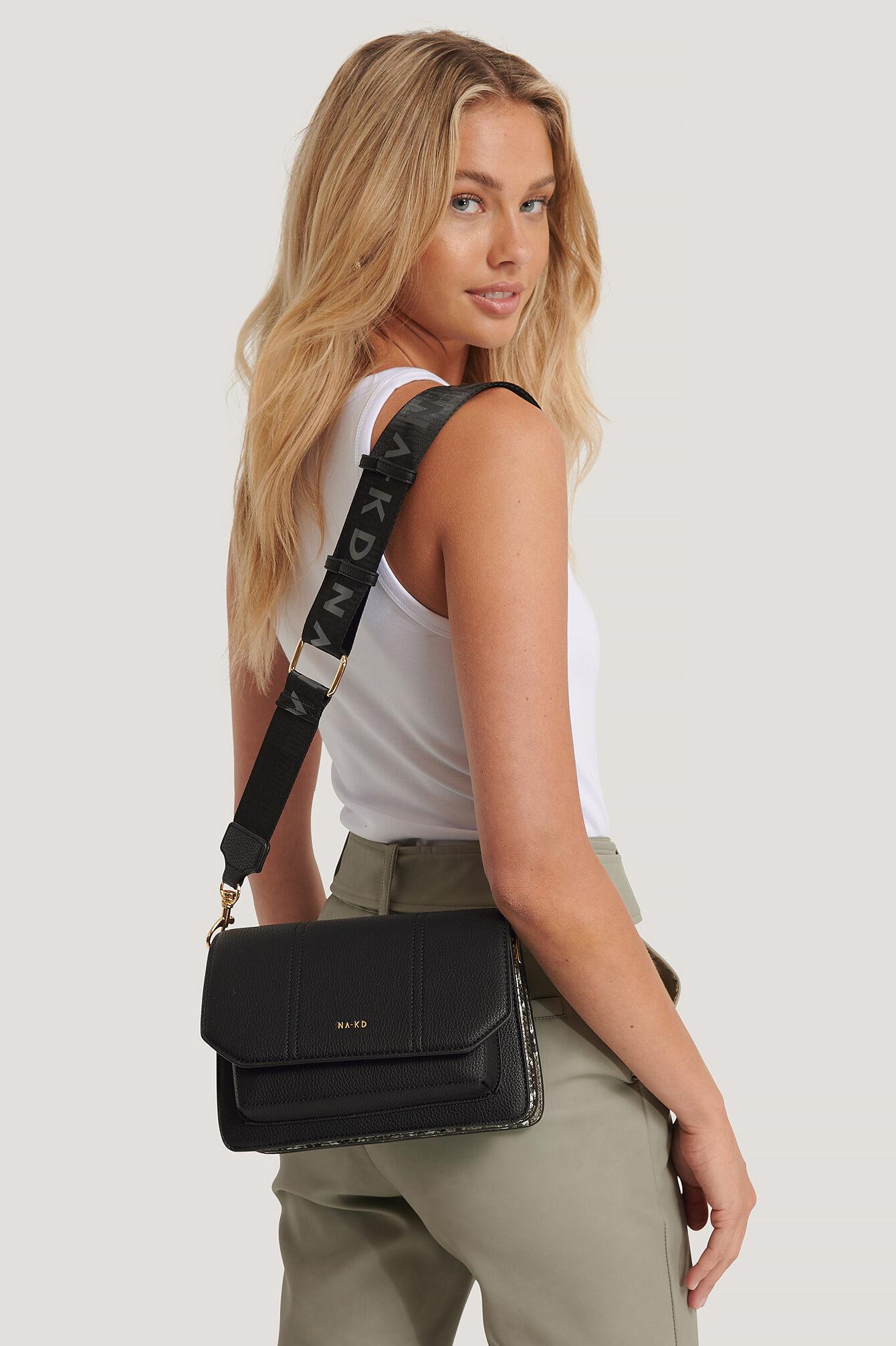 NA-KD Accessories Snake Detailed Crossover Bag - Black