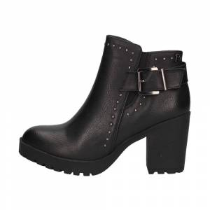 Refresh Ankle boots Woman