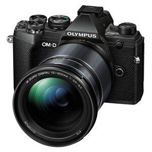 Olympus E-M5 Mark III  kamerahus svart + M. Zuiko Digital ED 12-200/3,5-6,3